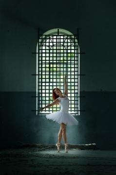 lost place, ballet dancer, girl, low key