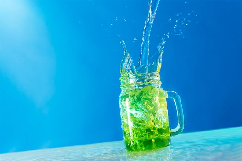 Juice glass with splash