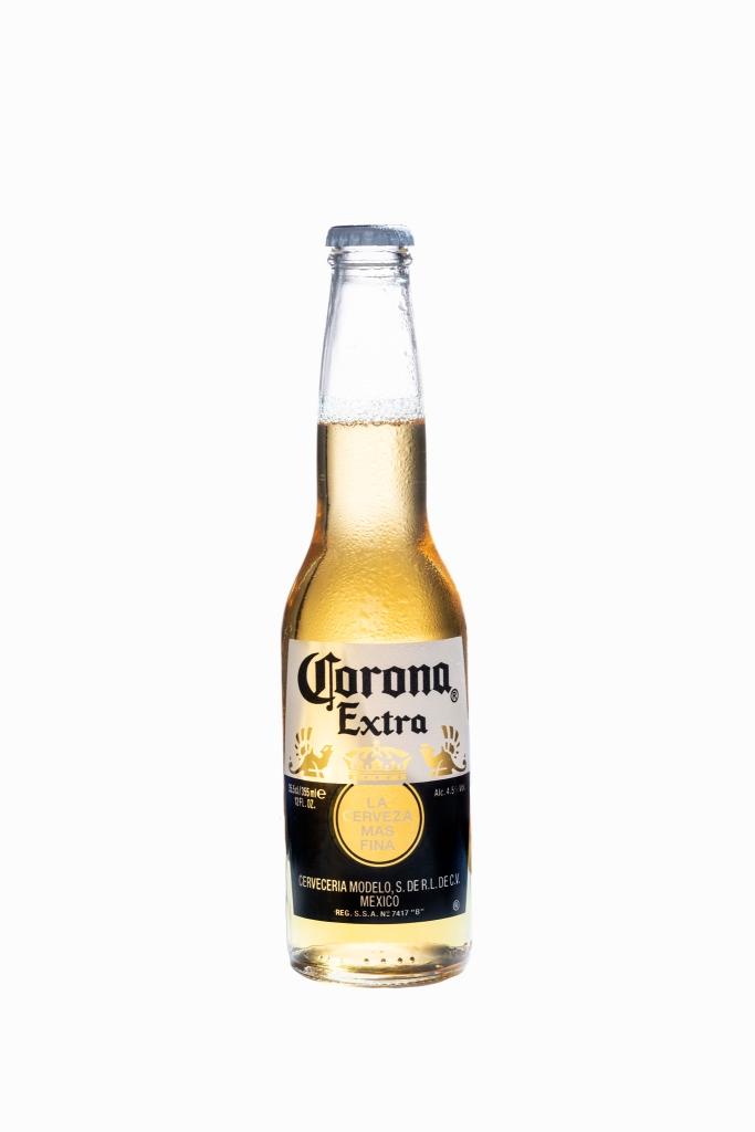 corona beer packshot